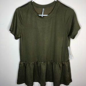 NWT Tresics Peplum Shirt Medium